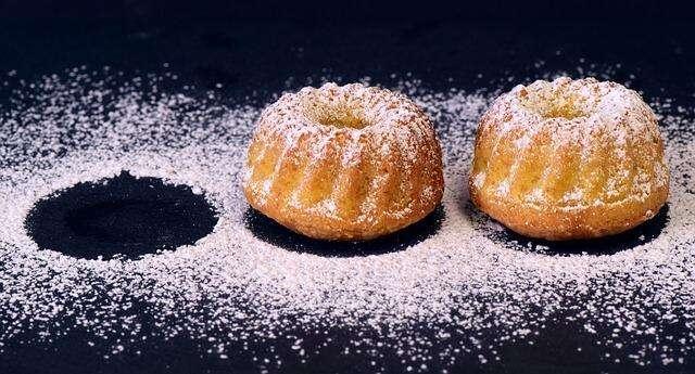 cake cookie sprinkled sugar